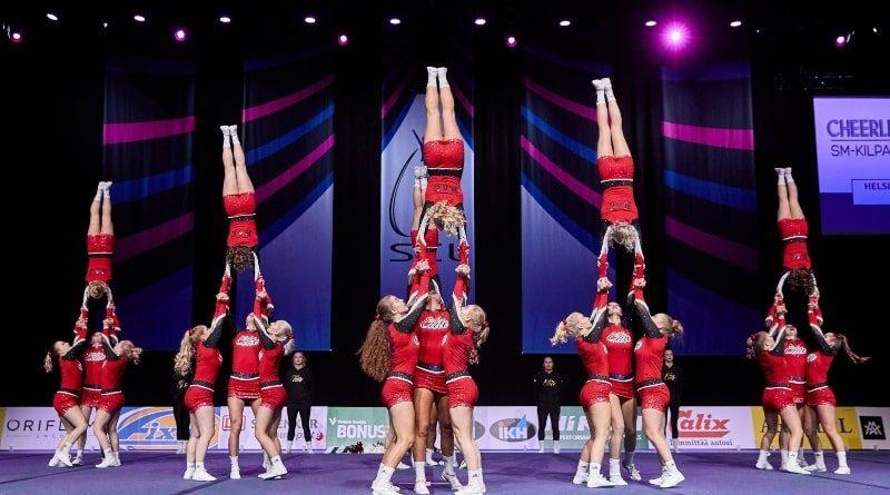 HAC elite cheerleading team from Finland handstand inversion level 7